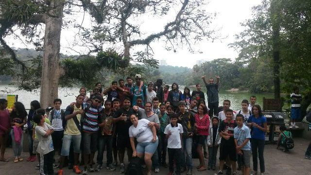 Jovens do Serviço de Convivência e Fortalecimento de Vínculos se divertiram no passeio - Foto: Divulgação