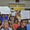 Ney recebe o apoio de vereadores e populares durante sessão na Câmara de Embu - Foto: Genildo Rocha