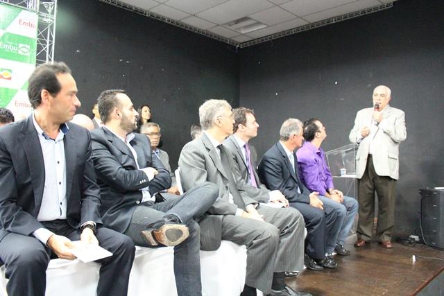 Ministro dos Transportes anuncia obras de macrodrenagem e conjunto de obras para a região - Foto: Williana Lascaleia
