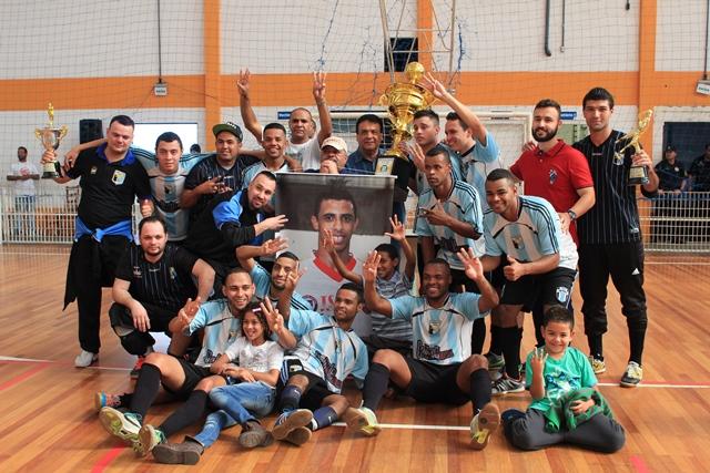 Garotos de Ouro levam o tricampeonato da 1º Divisão de Futsal de Taboão - Foto: W.Raeder