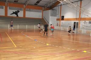 Seletiva das categorias sub 16 e 17 aconteceu no Ginásio Zé do Feijão e 22 atletas passaram na peneira - Foto: João Back