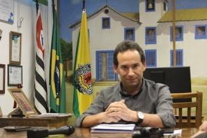 Chico Brito anuncia desfiliação do PT em momento de crise do partido - Foto: Williana Lascaleia