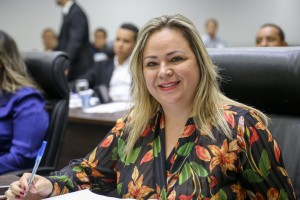 """""""Sou uma mulher que venci em um meio onde temos que lutar contra o machismo constantemente"""", afirma a vereadora Erica Franquini - Foto: Assessoria da CMTS"""