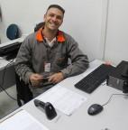 FOTO 02 - Balcão de Empregos da Prefeitura de Taboão da Serra auxilia moradores a conseguirem empregos